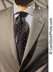 Elegant men suit - An elegant men suit on a mannequin