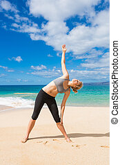 Fitnes woman in a beach - Working out in a beach