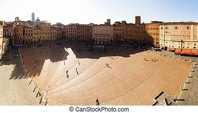 Piazza del campo - Panoramic on the Piazza del Campo in...