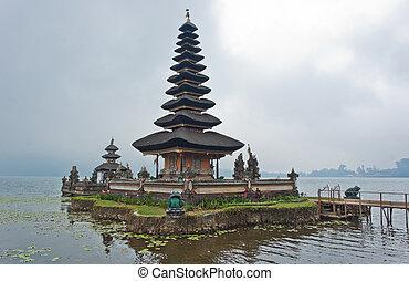Ulun Danu Bratan temple in Bali, Indonesia