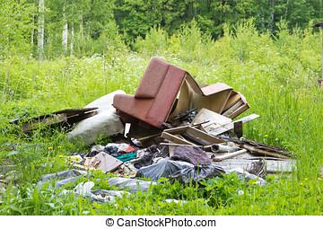 lot of garbage - lot of old garbage