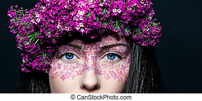 Portrait girl with creative make-up and flowers - Portrait...