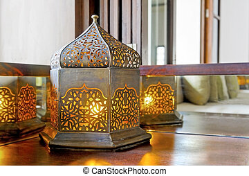 Corner unit incondescent buld lantern lamp - Interesting...