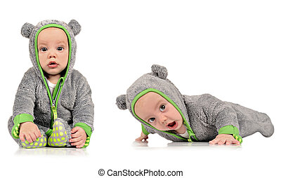 Six month old identical twin brothers - Six month old twin...