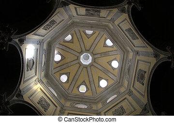 Dome of cathedral Saint-Sauveur d'Aix in Aix-en-Provence