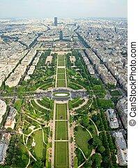 Paris beautiful places - Champ de Mars. France.