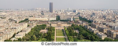 Paris beautiful places - Champ de Mars. France.