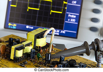 test pulse power and voltage waveform on the oscilloscope