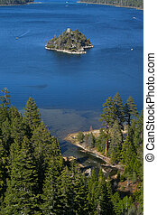 Emerald Bay in Lake Tahoe, California - This is beautiful...