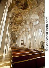Heiliggeistkirche, Munich