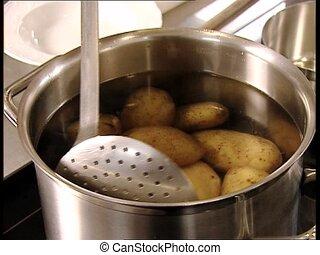 FOOD boiled potatoes - Boiled potatoes.