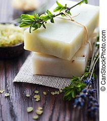 natural, feito à mão, sabonetes, com, ervas,...