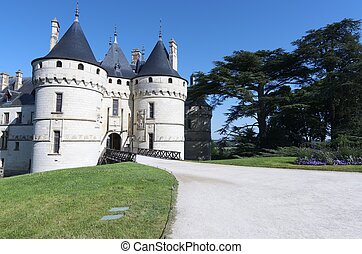 Chaumont Sur Loire - Entrance to the castle of Chaumont Sur...