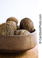 dry coconut home decor