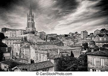 St Emilion village in Bordeaux region, monochrome view,...