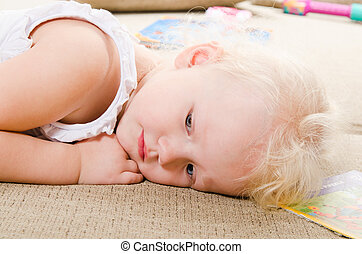little girl sad without MOM - little girl sad without MOM...