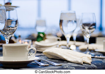 Place settings - Elegant place settings at a formal banquet