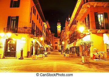 Menaggio - Narrow street in Town of Menaggio
