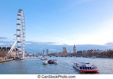 London Eye England - LONDON - April 14: London Eye with Big...