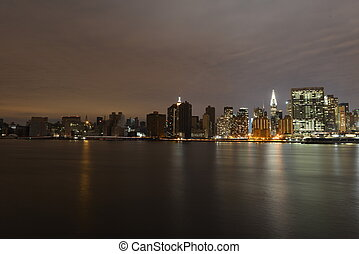 Manhattan following Power Outage from Long Island City.