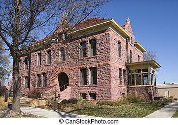 Luverne Memorial Building - Rock County Veterans Memorial...
