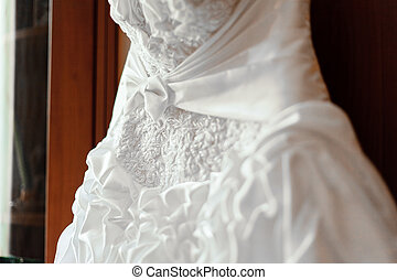 Image of front of bride in wedding dress