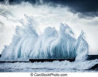 Giant waves - Giant wave splash, beautiful dark dramatic...