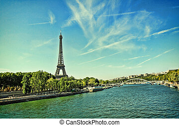 Beautiful, summer scene of Paris with the Eiffle Tower