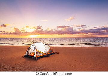 acampamento, praia