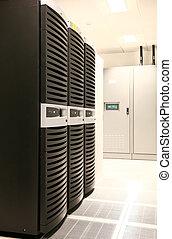 Enterprise Grade Servers - Network Servers at Data Center