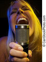 Pretty Woman Sings