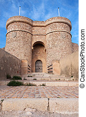 locked castle - the entrance to the chinchilla castle, in...