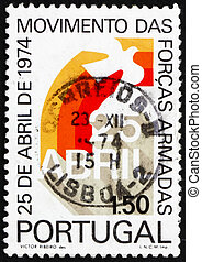 Postage stamp Portugal 1974 Rainbow and Dove - PORTUGAL -...