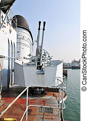 buque de guerra, artillería