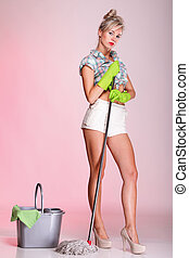 pinup girl Woman housewife cleaner portrait - Cheerful pin...
