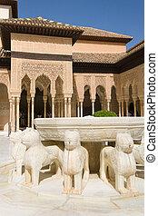 Patio de los leones - The Court of the Lions, a unique...