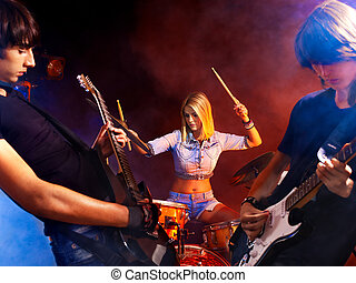 Group people playing guitar. - Group peole playing guitar in...