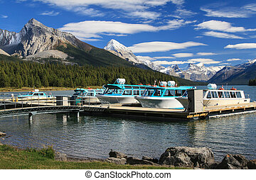 Pier at the Maligne Lake