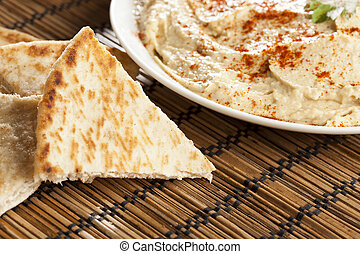 Fresh Made Organic Hummus with Pita Bread