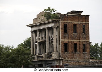 old abandoned building - An old abandoned building in...