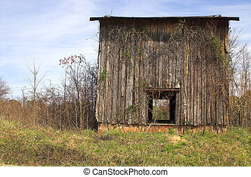 Old Tobacco Barn - Agriculture History - An old abandoned...
