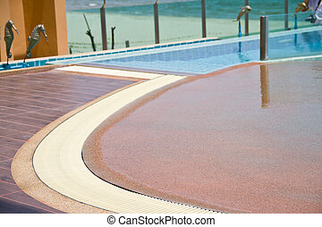 Curve side of swiming pool
