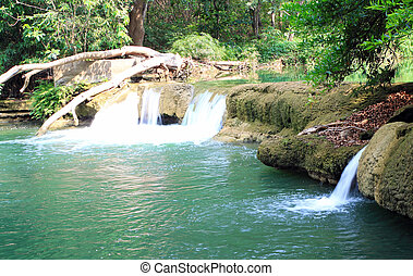 Jed-Sao-Noi Little Seven-girl Waterfall - THAILAND