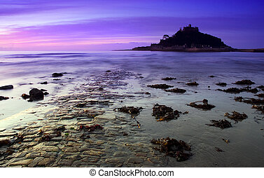 St Michaels mount - Sunset at St Michaels Mount, South of...