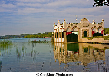 Banyoles - Old building