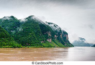 Mountains on the Yangtze River