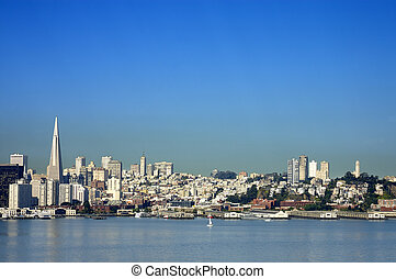 San Francisco skyline from the Trans America building to...