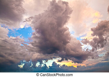 Clouds in the evening sky 3
