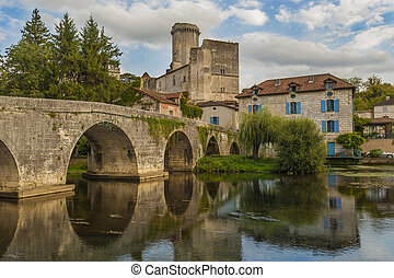 Bourdeilles castle - The Ch?teau de Bourdeilles is a castle...