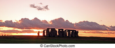Stonehenge - Ancient stoneage monument of stonehenge at...